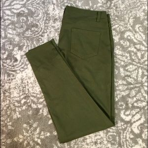 Faded Glory army green stretch leggings size 16/18